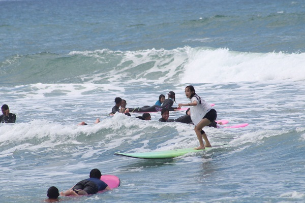 surf lessons, san juan, la union